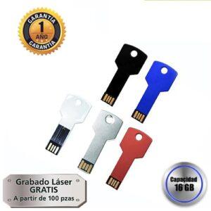 Memoria USB metálica en forma de llave.