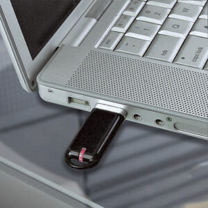USB 120 N usb storage 8 gb color negro